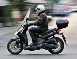 Нужен ли полис ОСАГО для управления мопедом или скутером