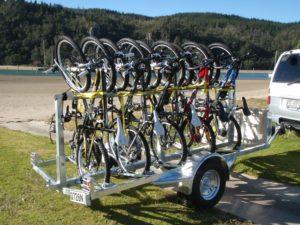 Прицеп для перевозки велосипеда на легковом автомобиле