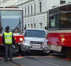 Авария на трамвайных путях