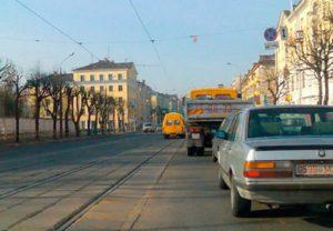 Когда разрешено движение по трамвайным путям