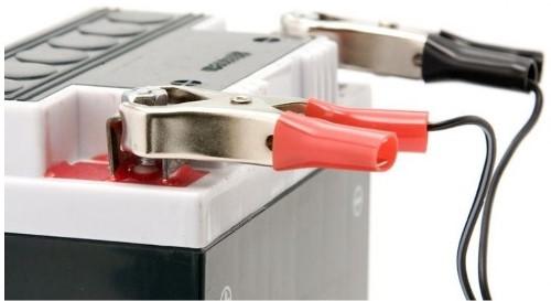 Для чего нужно, и как правильно заряжать автомобильный аккумулятор зарядкой?